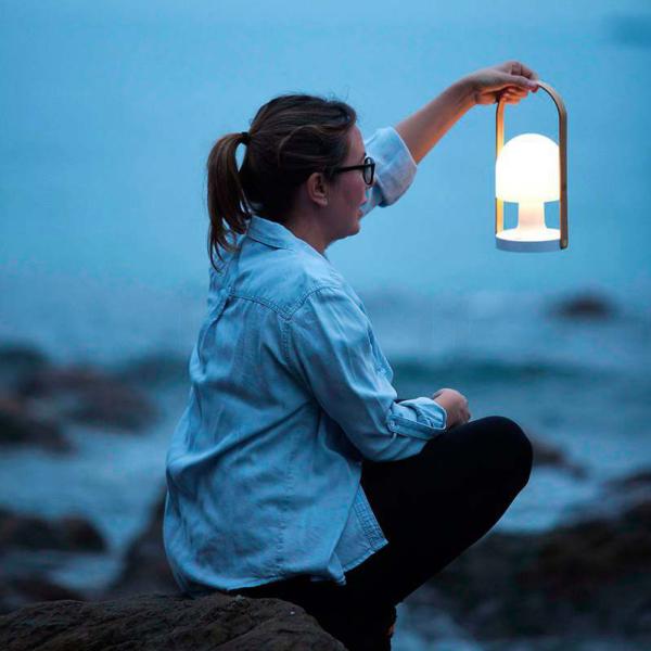 uno iluminacion y lamparas de diseño en valladolid lampara follow me followme marset colores amarillo gris azul rosa verde blanco led regalo azul